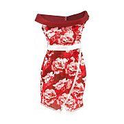 Barbie ruhák - piros virágos